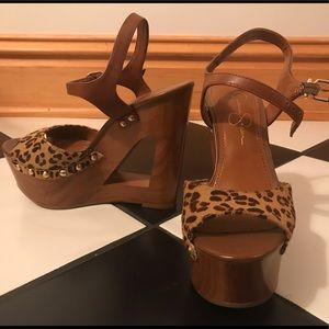 Size 6 Jessica Simpson Leopard Print Wedge